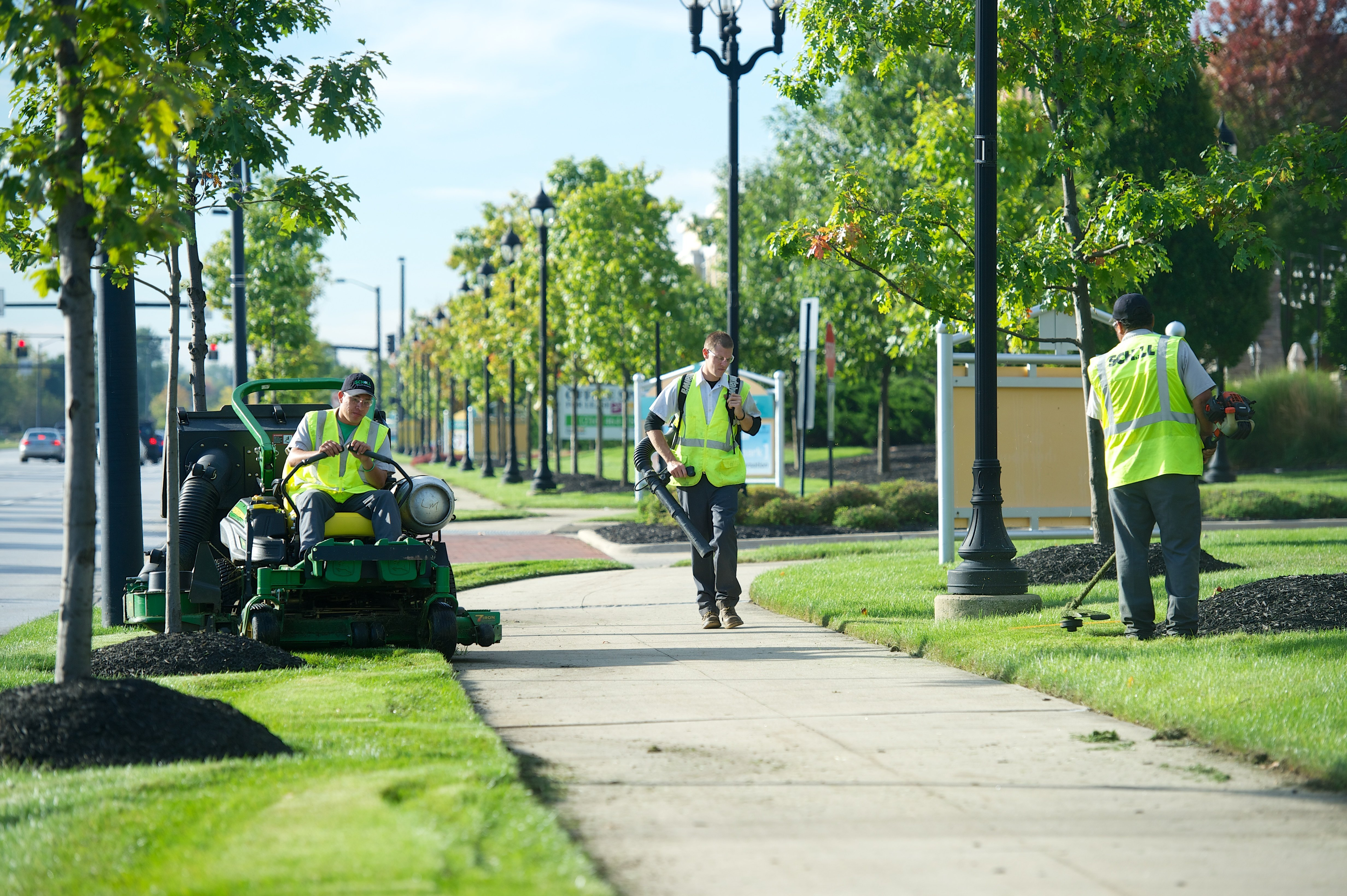 schill landscaping mowing