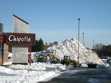 news-snow-thur-chipotle.jpg