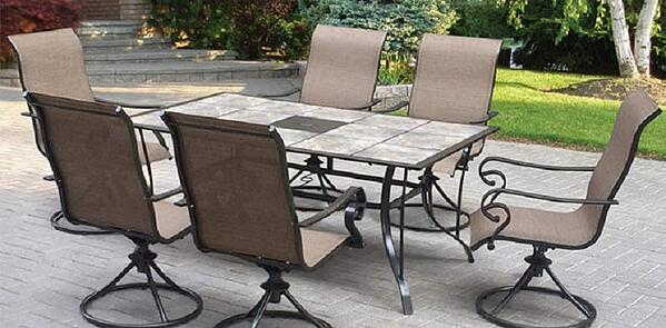 Winter-Guide-patio-dining-set